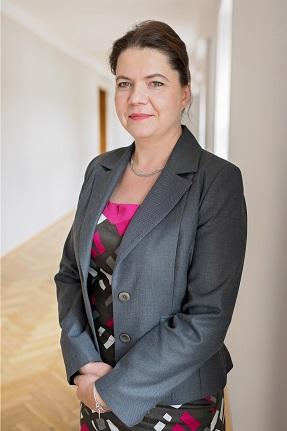 mgr Anna Cieślik-Behnke – Zastępca Dyrektora ds. Ekonomicznych i Controllingu