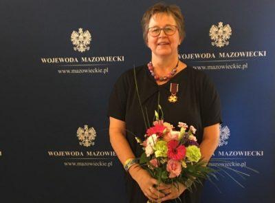 Prof. nadzw. dr hab. n. med. Beata Jurkiewicz odznaczona Złotym Krzyżem Zasługi